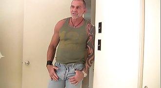 Daddy Barebacks and Breeds Youthful Jay